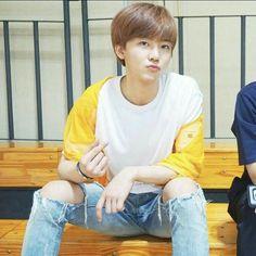 jaemin in ripped jeans ✅✅✅✅✅ Nct 127, Nct Dream Members, Nct Dream Jaemin, Nct Life, Johnny Seo, Mark Nct, Na Jaemin, Korean Men, Boyfriend Material