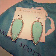 Kendra Scott Earrings Beautiful turquoise and gold earrings! Never worn, comes with Kendra Scott pouch! Kendra Scott Jewelry Earrings
