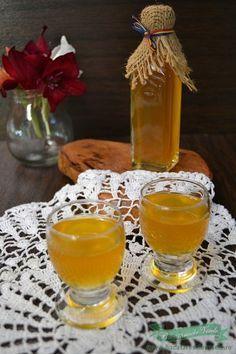 Romanian 'Caisata' - Homemade apricot liqueur