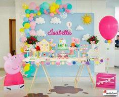 Uma festinha alegre e colorida da Peppa Pig! Peppa Pig Birthday Decorations, Peppa Pig Birthday Cake, Peppa Pig Party Ideas, Fiestas Peppa Pig, Cumple Peppa Pig, Peppa Pig Balloons, Aniversario Peppa Pig, 3rd Birthday Parties, 2nd Birthday