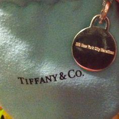 ING NYC Marathon necklace by Tiffany
