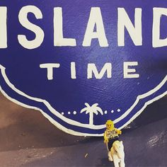 It's island time in Galveston! #Lego #traveltuesday #travel #itsislandtime #galvestonisland #galvestontx #texas #businesstravel #traveler #legostagram #minifigures #horse #brickstagram #toystagram #tourism #island #beach #sun #legotravel #legophoto #frequenttraveler #saleslife by lego_travelers