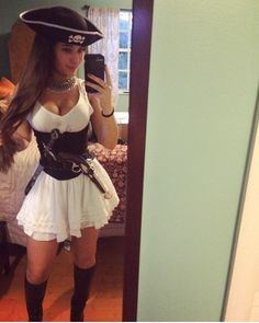 I love Halloween Hotties! It's the one day regular good girls can dress up really slutty and not be judged! You've got to see these pics! Princess Mononoke, Angie Varona, Amazing Women, Beautiful Women, 242, Cool Girl, Skater Skirt, Dress Up, Cosplay