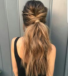 Balayage on fleek: Over 30 trend looks on how to wear the hair color! The best balayage looks Casual Hairstyles, Messy Hairstyles, Pretty Hairstyles, Hairstyle Ideas, Straight Hairstyles, Summer Hairstyles, Long Haircuts, Modern Haircuts, Wedding Hairstyles