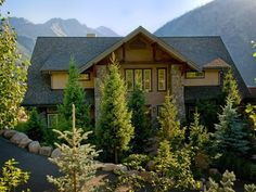 BEAUTIFUL cabsion.  Mansion cabin. Around $700 a night and sleeps 12, and is like, impeccable.  Yes. Please.  -S