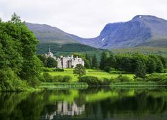 Inverlochy Castle Hotel Scottish Highlands Top 10 Places in the Highlands to see Spas, Fort William Scotland, Places To Travel, Places To See, Travel Destinations, Holiday Destinations, Stay In A Castle, Scottish Castles, Scottish Highlands