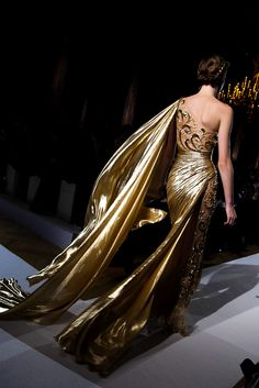 A gown of gold for Queen Cersei, Zuhair Murad