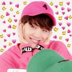 #hội_người_già Cẩm hường :) Hoseok, Seokjin, Foto Bts, K Pop, Famous Meme, Suga Swag, Jimin, Snapchat, Heart Meme