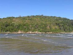 Praia de Pernambuco em Guarujá, SP
