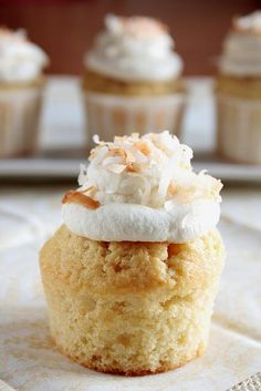 Coconut CreamÿCupcakes - Home - Pastry Affair #cooking