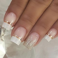 100 Beautiful wedding nail art ideas for your big day - wedding nails bride nails nail art romantic nails pink nails Wedding Nails For Bride, Bride Nails, Wedding Nails Design, Gold Nails, Pink Nails, Pretty Nails, Cute Nails, Romantic Nails, Bridal Nail Art