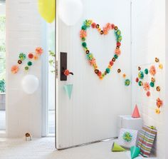 Lead the way to the party with these paper flower decals...