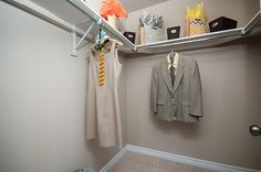 Braebury Model home - Walk-in closet
