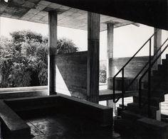 Une vue de la Villa Shodhan, par le photographe Lucien Hervé