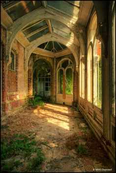 remnants of a school for girls. Imagine walking down this hall in this light every morning on your way to the kitchen. This would go in the same house as the white bedroom w/ the bed facing that beautiful half moon window and all the windows on the right