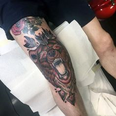 Sleeve Tattoos For Men - 30 Inspirational Leg Tattoos For Men Man . - Sleeve Tattoos For Men – 30 Inspirational Leg Tattoos For Men Men wear today – - Trendy Tattoos, Unique Tattoos, Beautiful Tattoos, Tattoos For Women, Tattoos For Guys, Bear Tattoos, Foot Tattoos, Body Art Tattoos, Traditional Bear Tattoo