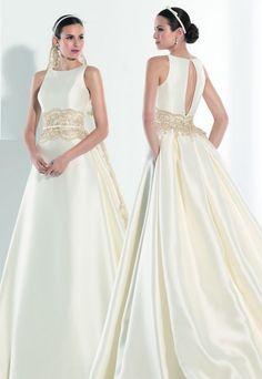 Vestido de novia, modelo Nansu de la colección de Franc Sarabia 2014.  www.sanpatrickgranada.es