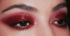 red glossy eyeshadow