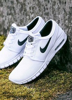 Found a very good website for nikes, very cheap, very affordable, good products, good quality,only $19,come and buy it now!