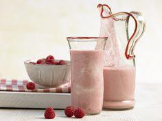 Soja-Smoothie - mit Himbeeren - smarter - Kalorien: 210 Kcal - Zeit: 10 Min. | eatsmarter.de Für Sojafans!