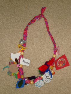 Necklace SWAP holder - instructions on how to make.