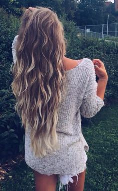 40 Layered Haircuts for Wavy Hair - Long Hairstyles 2015 Tap the link now to find the hottest products for Better Beauty! Onbre Hair, Hair Day, Grow Hair, Haircuts For Wavy Hair, Long Hairstyles With Layers, Long Wavy Hairstyles, Long Layered Haircuts Curly, Long Haircuts, 2015 Hairstyles