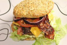 Sara Back IFBB Bikini Pro: Sara De Luxe carb burgers