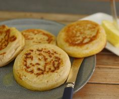 These sourdough crumpets are delicious and incredibly easy to make Sourdough Crumpet Recipe, Homemade Crumpets, Asian Recipes, Cooking, Breakfast, Easy, Food, Kitchen, Morning Coffee