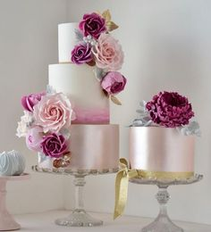 Rose pink wedding cake inspiration from Featured Cake: Cotton & Crumbs; Floral Wedding Cakes, Cool Wedding Cakes, Elegant Wedding Cakes, Beautiful Wedding Cakes, Gorgeous Cakes, Wedding Cake Designs, Pretty Cakes, Elegant Cakes, Wedding Cupcakes