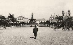 Praça XV de Novembro, antigo Largo do Paço, 1906. Augusto Malta/MIS