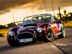 Old classic car - small AC Cobra on the road. Audi Rs5, Audi Quattro, Ac Cobra, 1967 Mustang, Us Cars, Sport Cars, Supercars, Hot Rods, Cars Vintage