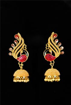 Antique peacock jhumki earrings with pearls - Desi Royale 24k Gold Jewelry, Peacock Jewelry, Peacock Earrings, Jhumki Earrings, Indian Earrings, High Jewelry, Gold Earrings, Jewelry Box, Jewelry Making