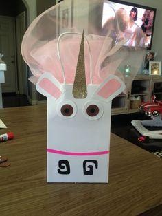 Fluffy unicorn gift bag, despicable me, despicable me party, despicable me party idea