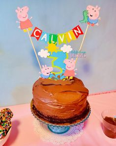Peppa Pig y George Bunting Topper con Age Muddle Puddles Cake Tarta George Pig, Peppa Pig Y George, George Pig Cake, Peppa Pig Pinata, Cumple Peppa Pig, Peppa Pig Birthday Cake, Peppa Pig Coloring Pages, Cake Bunting, Boy Birthday Parties