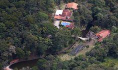 http://oglobo.globo.com/brasil/sitio-usado-por-lula-sera-fiscalizado-por-obras-de-ampliacao-em-lago-18622115?utm_source=Facebook&utm_medium=Social&utm_campaign=O%20Globo