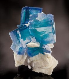 Blue Fluorite with Barite - China                                                                                                                                                                                 Más
