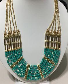 Art. 399 collar SORAYA con mostasillas en tonos verdes de 9 hilos. - comprar online