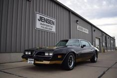 Pontiac Firebird for Sale - Hemmings Motor News Pontiac Firebird For Sale, Pontiac Models, Sioux City, Pompano Beach, Cars For Sale, Cool Cars, Convertible, Classic Cars, Yellow