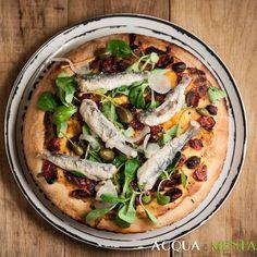 #pizza con #sarde in #saor #pomodorini #valeriana e #olivetaggiasche per #mtc58 . È più una #focaccia che una pizza ma è buonissima lo stesso! @mtchallenge