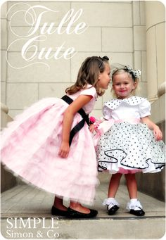 LOVE this tulle dress!  (This is the tutorial for the polka dot dress but only picture of the pink dress.)