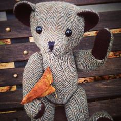 #tweedyted has heard it's lucky to catch a falling leaf in #Autumn! #RaddainChianti