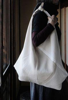 linen bag - more → http://sylviafashionstylinglife.blogspot.com/2012/05/linen-bag.html