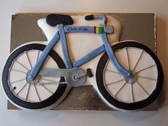 Bicycle cake - I like the detail and the colors, but will probably want to do something out of cupcakes . see the other 'bicycle cake' pins on this board. Bicycle Birthday Parties, Bicycle Party, Bicycle Cake, Bike Cakes, Birthday Bash, Birthday Ideas, Novelty Birthday Cakes, Novelty Cakes, Mountain Bike Cake