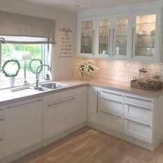 Weiße Küche                                                                                                                                                      Mehr