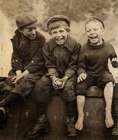 Δημιουργία - Επικοινωνία: Οικογένεια,δεν είναι πάντα.....