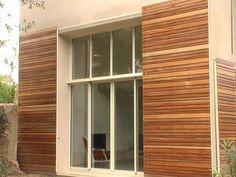 volets coulissants en bois exotique architecte Henri Gueydan  - Fabrication de volet en bois persiennes à Marseille - Boiseries Provencales