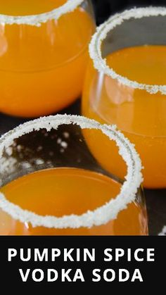How to make a pumpkin spice vodka soda for all of your fall parties. Source by freshnss Fall Mixed Drinks, Best Mixed Drinks, Mixed Drinks Alcohol, Alcohol Drink Recipes, Pumpkin Cocktail, Pumpkin Drinks, Pumpkin Recipes, Fall Recipes, Fall Cocktails