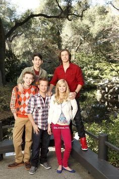 Mateo Arias, Leo Howard, Dylan Riley Snyder, Jason Earles, and Olivia Holt