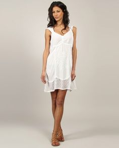 Designer : DRESSES OUTLET - WHITE LYNNE SLEEVELESS DRESS WITH V NECK - $20 Today on Mynetsale.com.au!