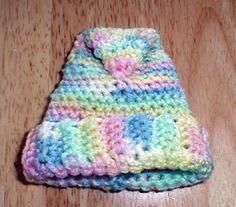 Elfin Hat - cute free crochet preemie hat pattern from Karen Ratto-Whooley!